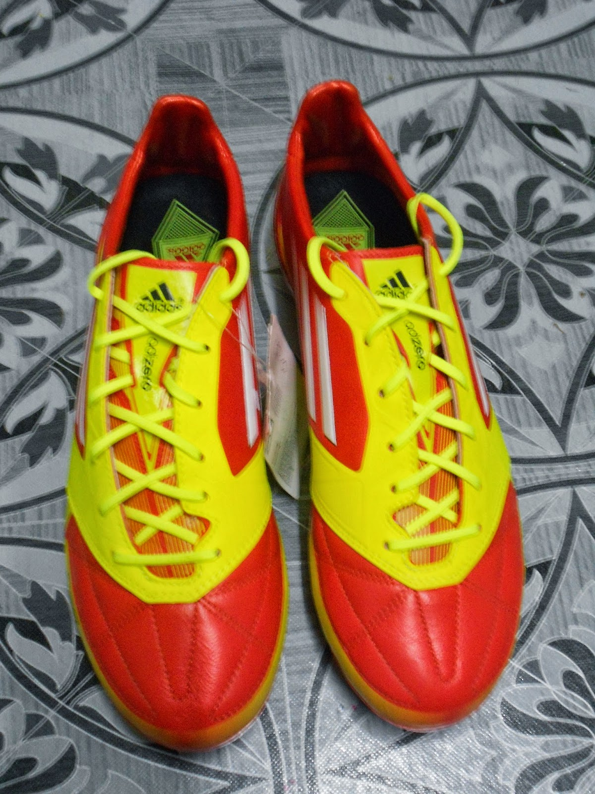 http://kasutbolacun.blogspot.com/2015/02/adidas-f50-adizero-micoach-1-fg-merah.html