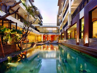 Hotel Murah Kuta Bali - 100 Sunset 2 Hotel - Managed by Aston