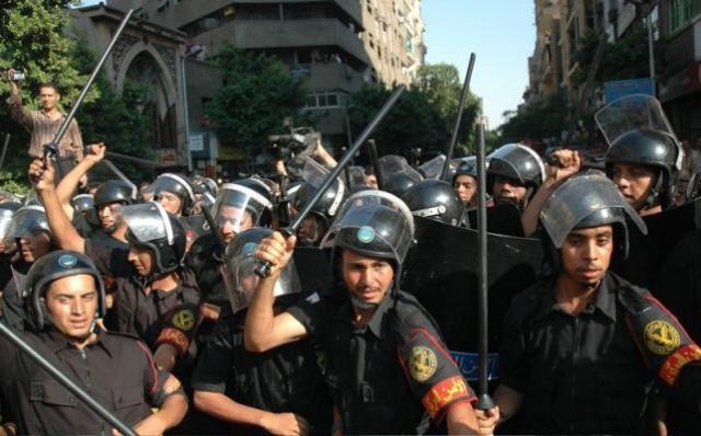 مصر إنتهت كدوله منذ أكثر من ألف عام بعد وفاه العاضد لدين الله وبدايه حكم المرتزقه