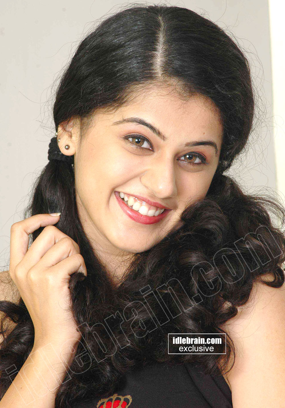 Telugu Heroine Photos: Tapsi