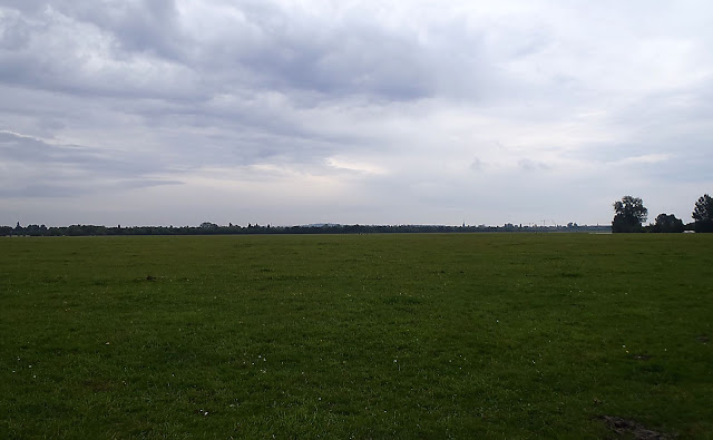 One of the largest fields in England —Port Meadow