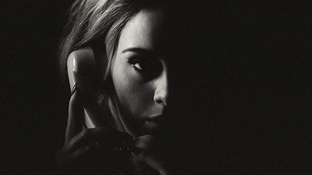 """Adele lidera el Top británico de los sencillos más vendidos con """"Hello"""" por tercera semana consecutiva."""