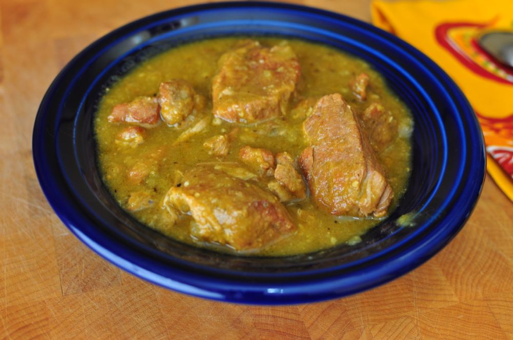 Slow Cooker Chili Verde (Green Pork Chili) | Dad Cooks Dinner
