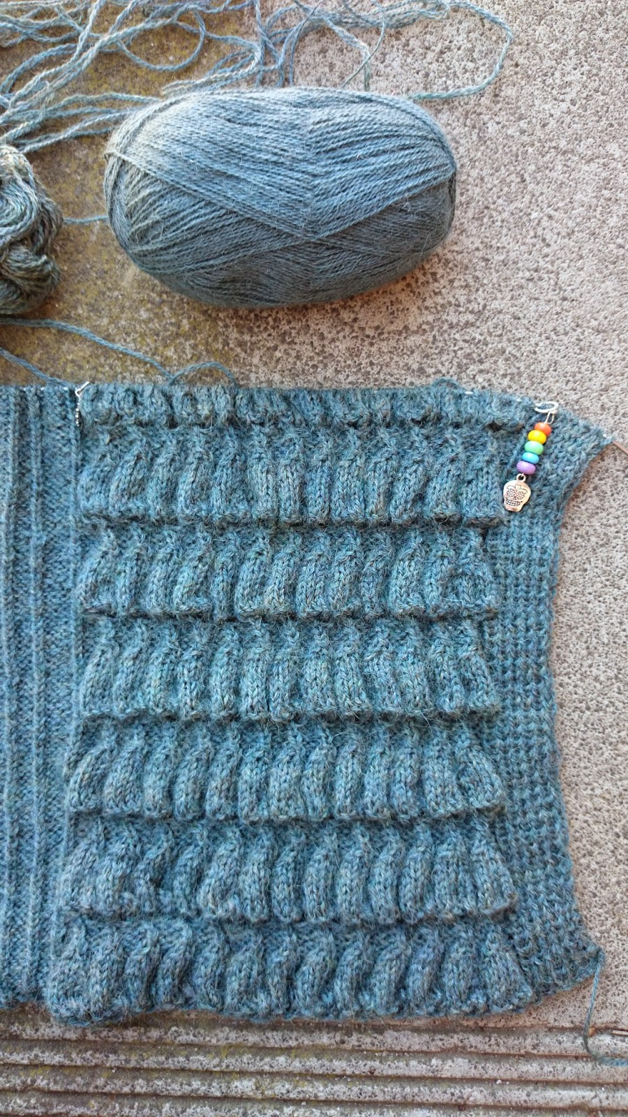Kgirlknits august 2014 so thats it for this week ive refrained from casting on anything new however i dearly want to get some socks on the needles having recently replenished bankloansurffo Image collections