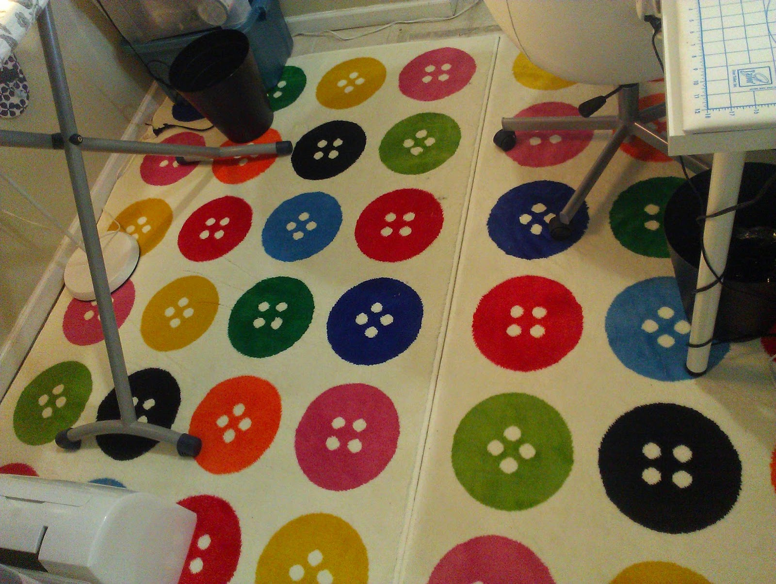 Sew At Home Mummy Tgiff My Sewing Space Amp A Quilty Can Cover