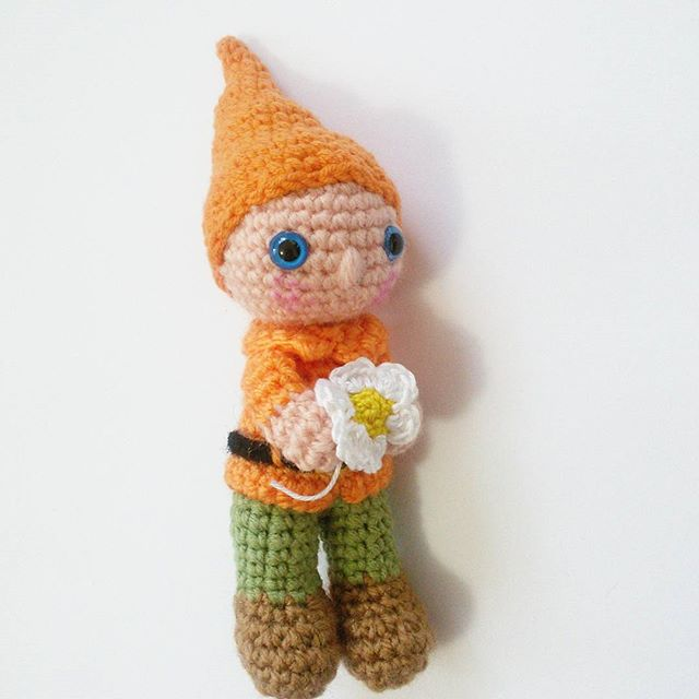 Amigurumi Yaseminkale Instagram : Yaseminkale: Amigurumi Snow white and the seven dwarfs