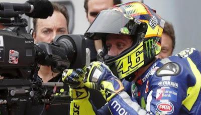 Start Paling Belakang di Grand Final, Rossi Ingin Lihat Skill Terbaik Valentino Rossi
