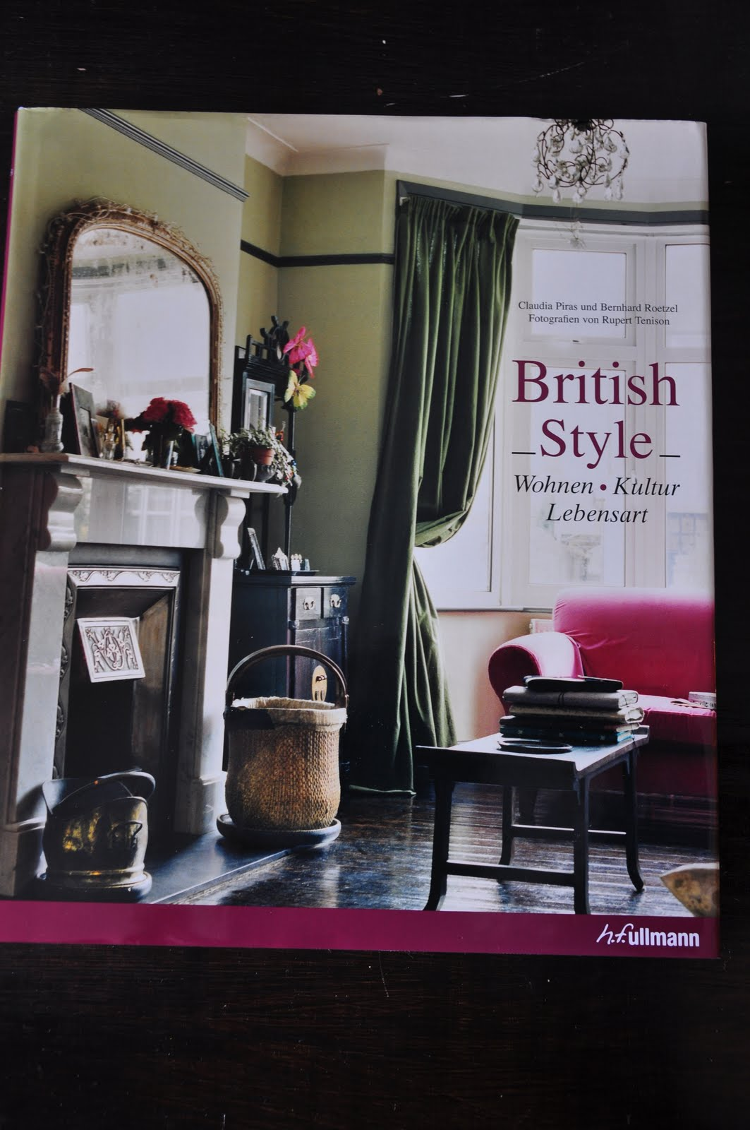 This Book Takes You On A Journey To British Lifestyle And Culture 340 Pages Youll Learn Everything About Britains Architecture History Of Palaces