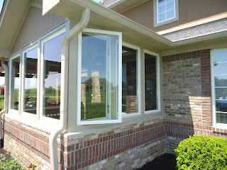 Dallas beewindow porch conversion casement windows for Operable awning windows