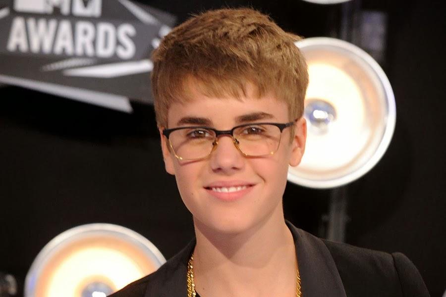 Foto Justin Bieber Selena 2011 5