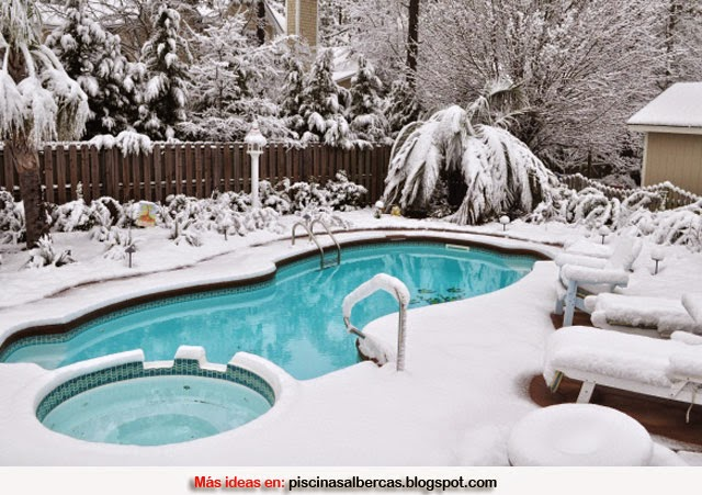 C mo mantener la piscina en invierno piscinas y albercas for Cascadas prefabricadas