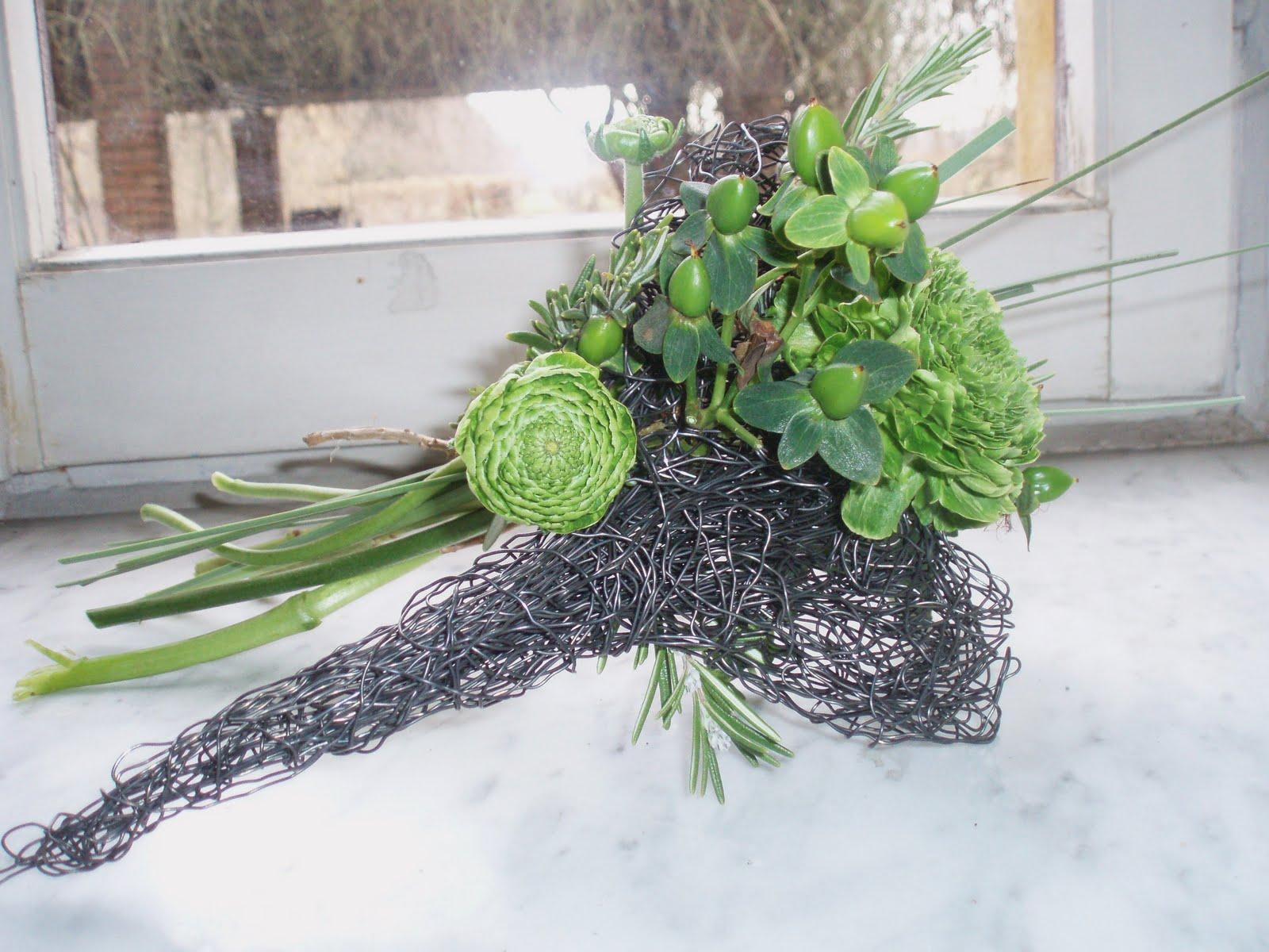 Il giardino sfumato divertirsi con il fil di ferro for Decorazioni in ferro per giardino