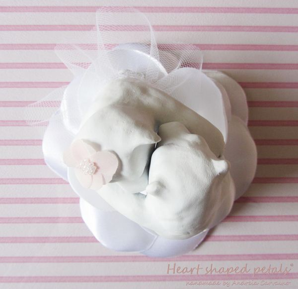 Romantic and cute bears cake topper