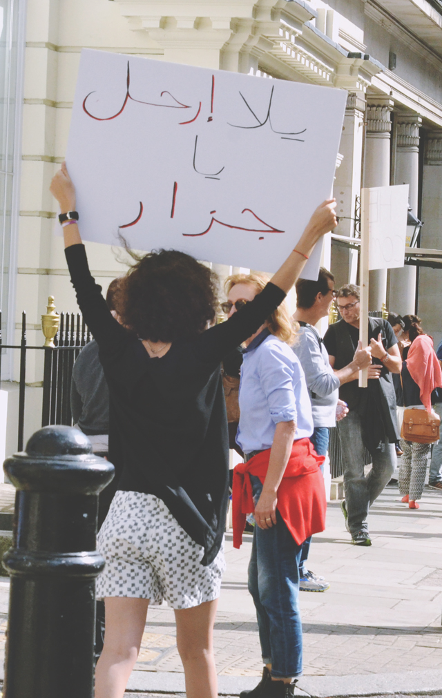 Arabic sign at refugee rally in London