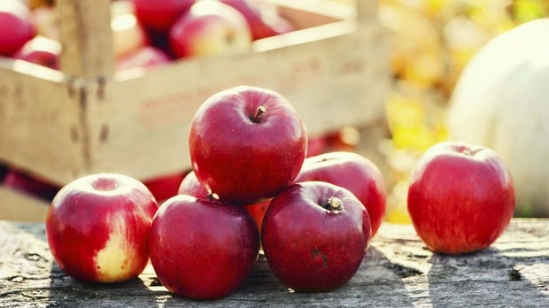 maçã deixa dentes brancos