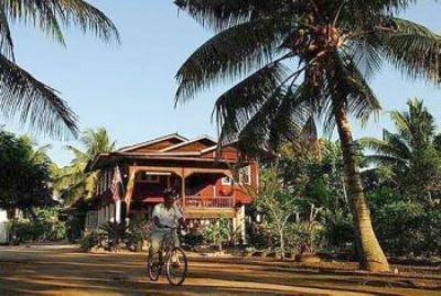 Homely: Rustic scenery and homestay can be found in Sungai Sireh along the Latar Expressway.