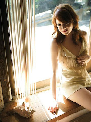 Emma Stone sexy photos