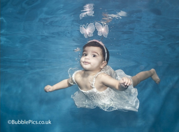 Photography Cute Swimming Babies