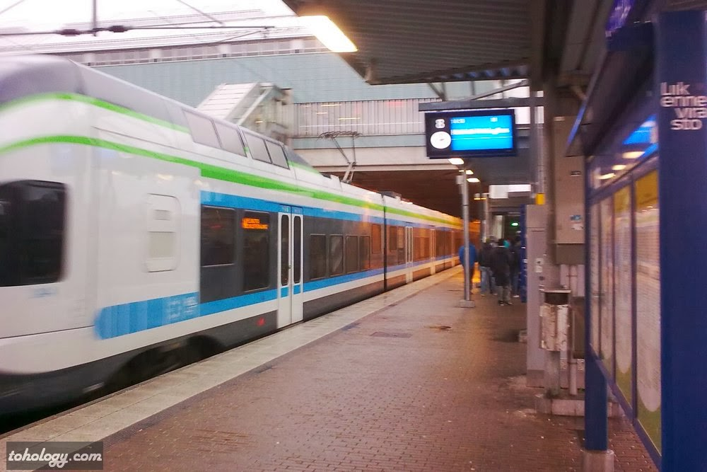 Rapid trains in Helsinki Metropolitan Area (Pasila station)