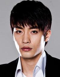 Biodata Sung Hoon pemeran Lee Kang Hoon
