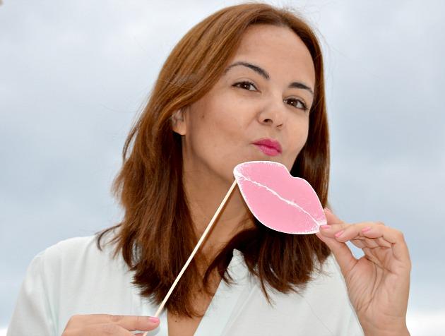Besos_rosas_contra_el_cáncer_de_mama_astor_aecc_obeblog_01