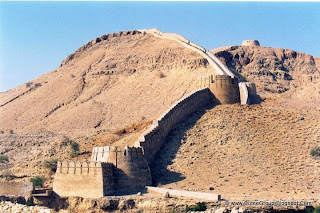 No. It's Wall of Sindh in Ranikot [3 hrs drive from Karachi].It's the part of one of the Largest Fort in World, Fort of Ranikot.