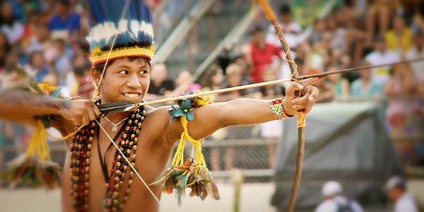 Viva o índio brasileiro