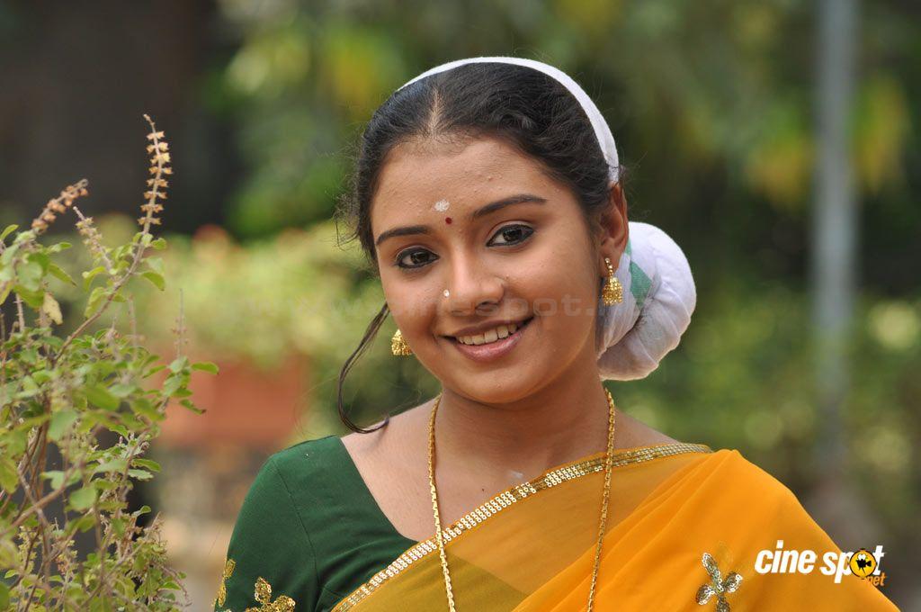 Suchitra Murali: Suchithra Unni Tamil Actress Photos
