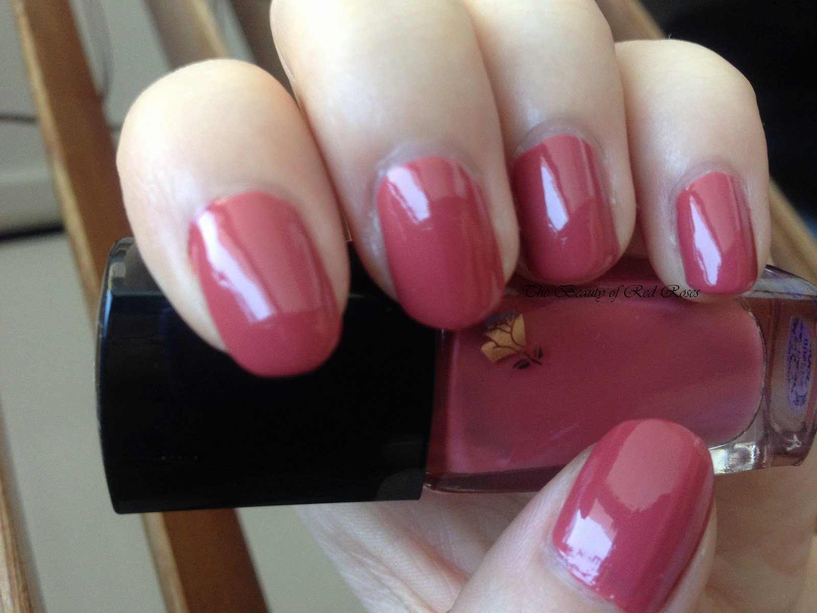 The Beauty of Red Roses: Lancôme Vernis in Love Nail Lacquer Rose ...