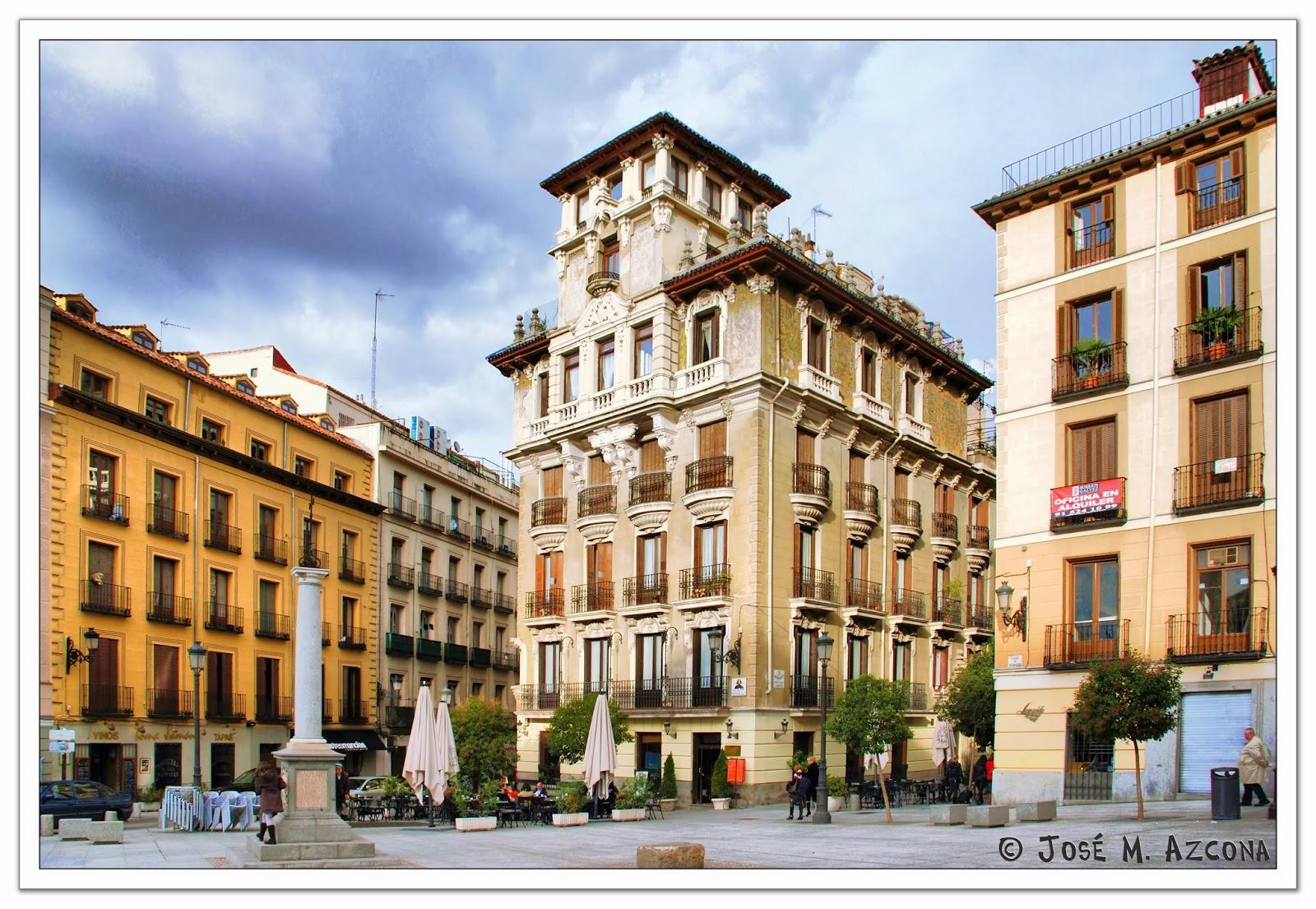 Plaza de Ramales - Casa-Palacio de Ricardo Angustias