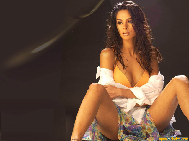 Xxx mallika sherawat hot wallpapers and sexy seen sexy for Hot wallpapers world