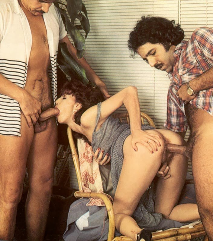 Vagaba e seus 2 amantes bigodudos