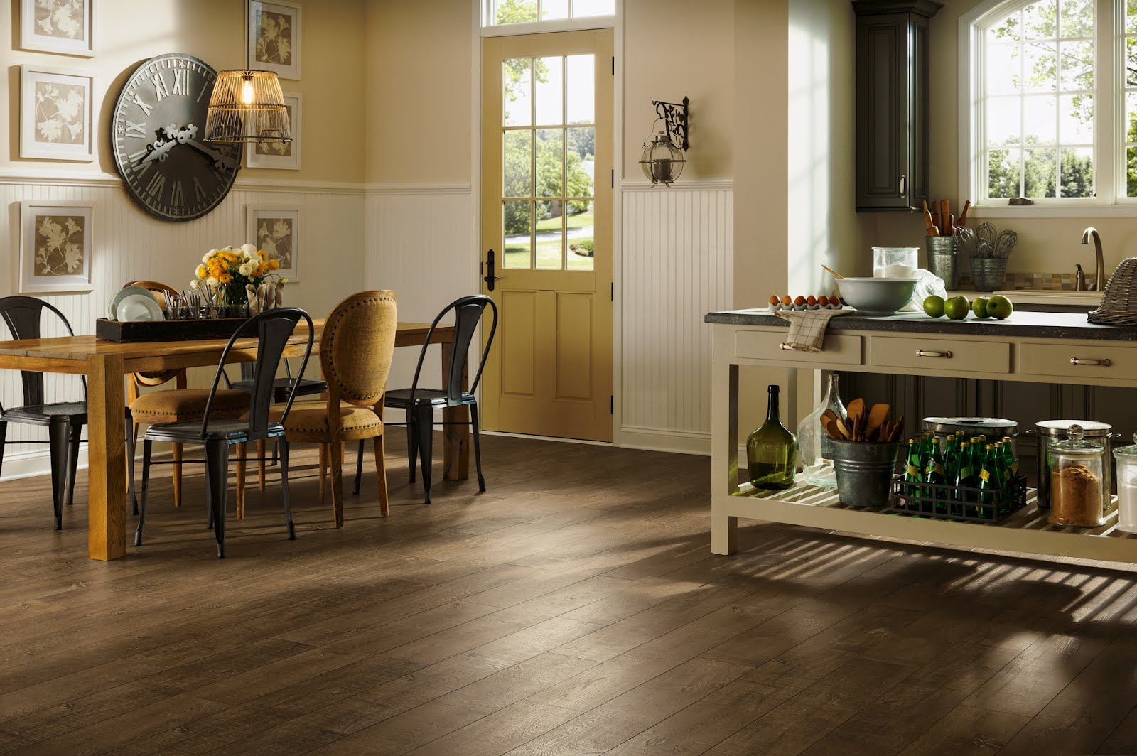 Modern Kitchen Laminate Flooring