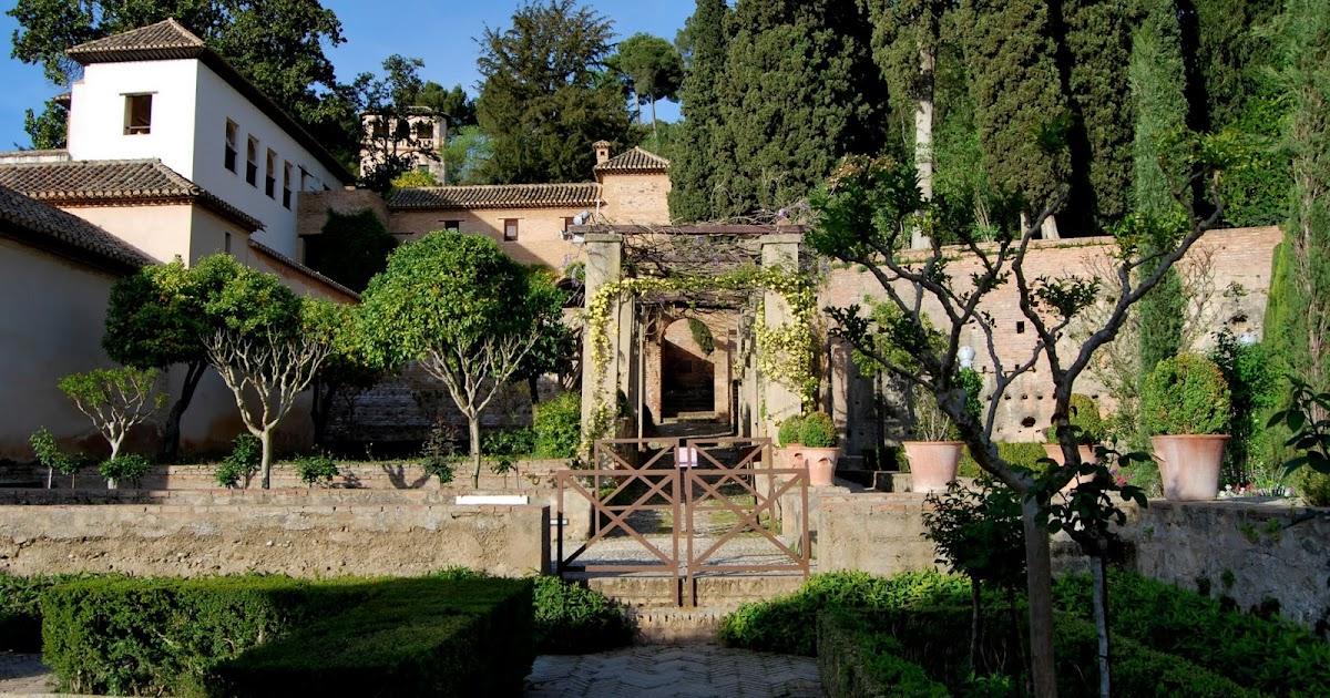 Granada ciudad viva la casa de los amigos era un espacio para residencia de hu spedes seg n el - Residencia los jardines granada ...