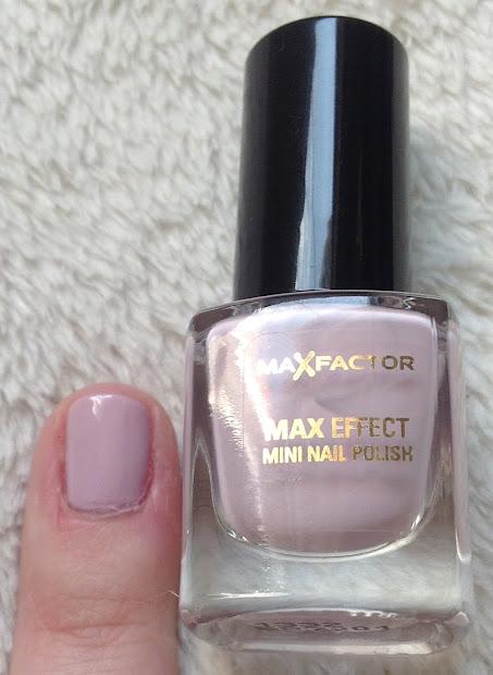 max factor colour effect mini nail