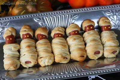 These Easy To Make Treats Are The Perfect Last Minute Additions A Great Night Of Fun Wishing Everyone Happy Halloween Full Costumes