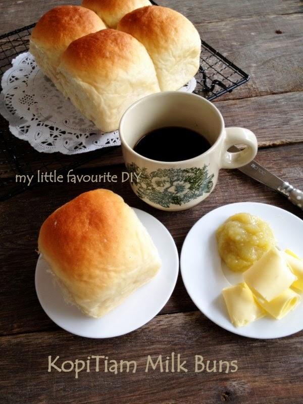 kopitiam milk buns/plain milk buns .. 甜牛奶面包