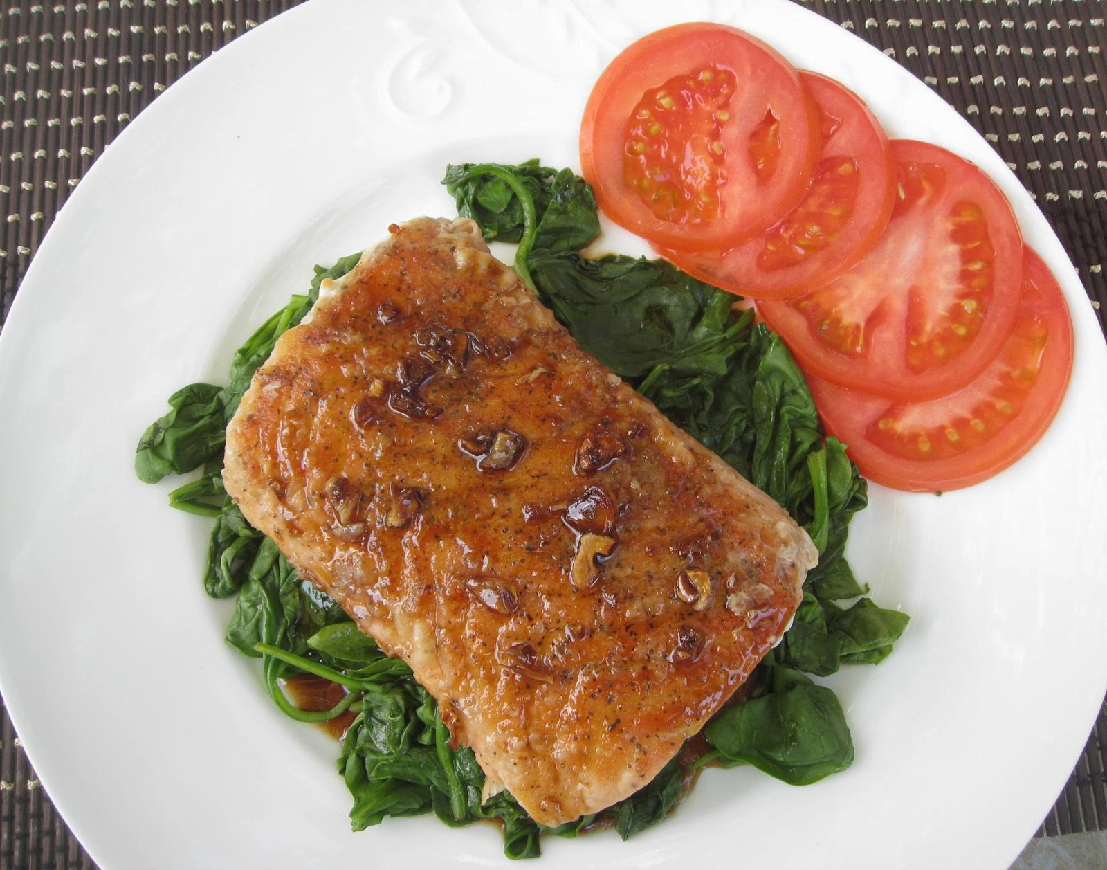 fried salmon on top of spinach pour the brown sauce on the salmon 5 ...