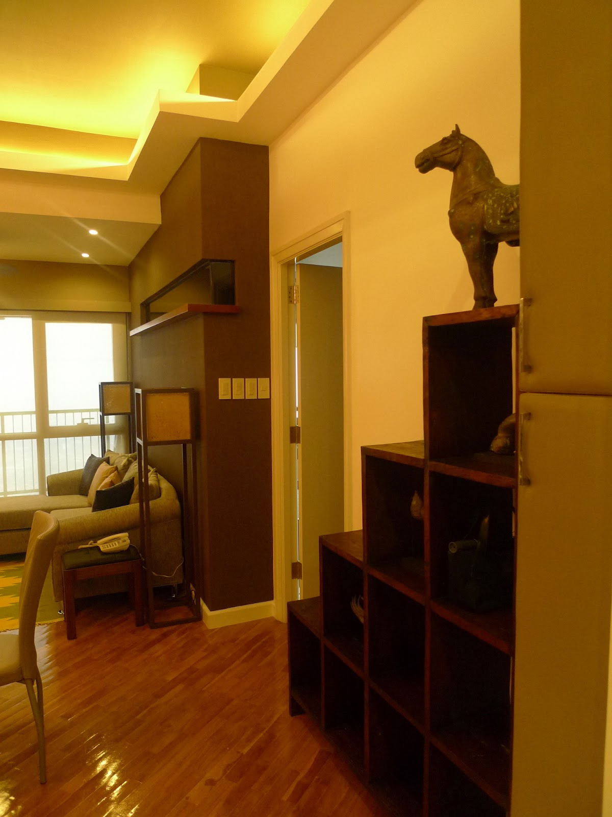 Nikki's Nurturance: The Design Features of Our Condo
