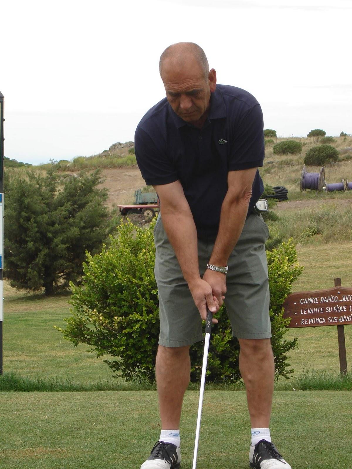 http://1.bp.blogspot.com/-Z_EBxpmDx2M/TKpTvYock-I/AAAAAAAAARE/cr_w7VFKhbg/s1600/Golfing+021.jpg