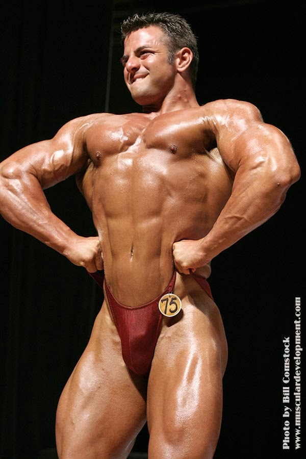Bodybuilder Penis Line