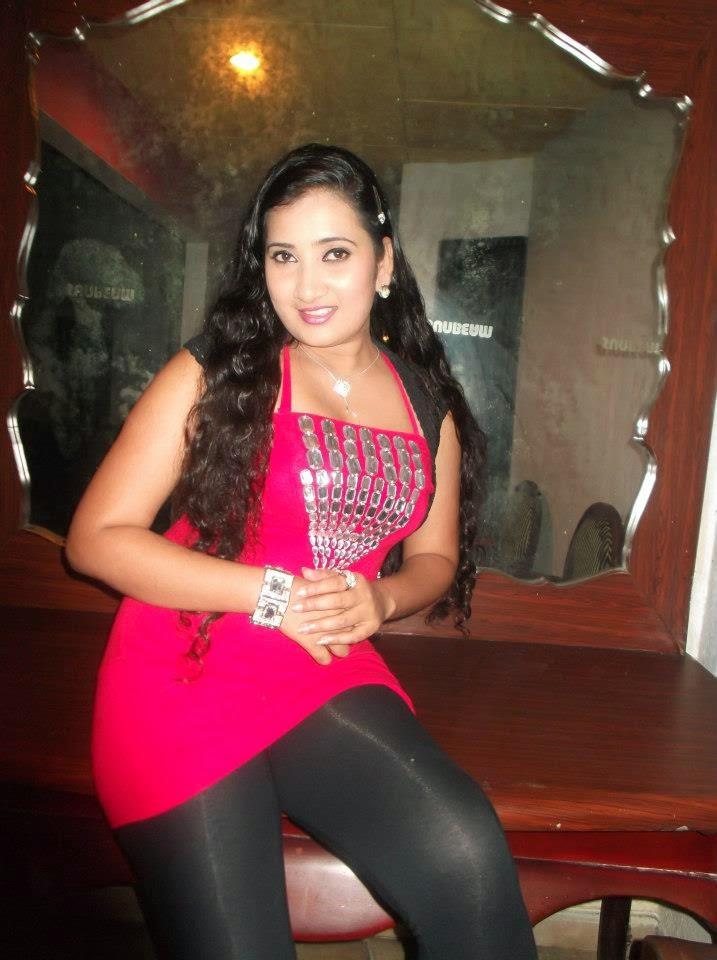 Madhu Nithyani leggings hot