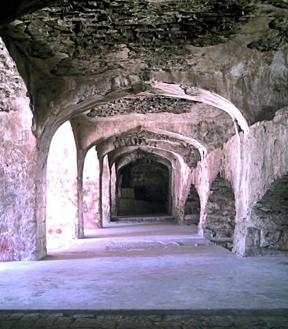 golconda passage with arches