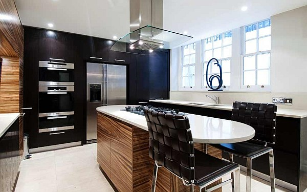 20 of the Worlds Sleekest and Most Luxurious Kitchens ~ Decorate