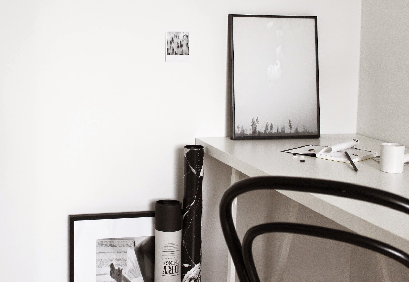 the poster club, one must dash, scandinavian interior, styled by http://www.scandinavianlovesong.com/