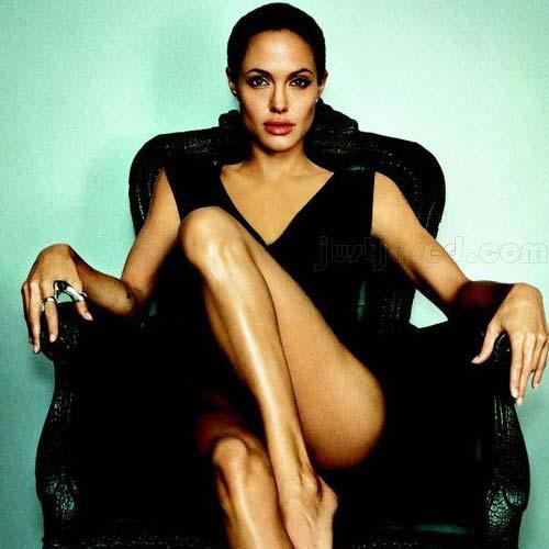 Angelina jolie super sexy
