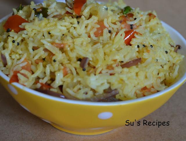 Instant tomato rice, thakkali sadam, thakkali annam, tomatar chawal, fried tomato rice, fried rice, left over rice spiced up