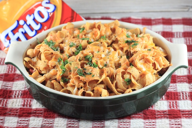 bookcooker: Gone Girl and Frito Casserole (yes, really)