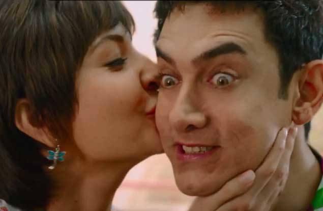 anushka sharma kissing scene