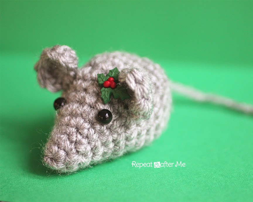 Crochet Pattern Free Mouse : Repeat Crafter Me: Tiny Crochet Mouse